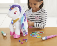 Magical Make-Up Unicorn with magic make-up brush and palette.