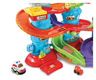 Patrol Tower comes complete with a Toot-Toot Drivers Police car, mini getaway car and 6 SmartPoint™ locations